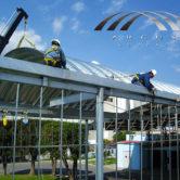 montaje de arcotechos o techo autoportantes