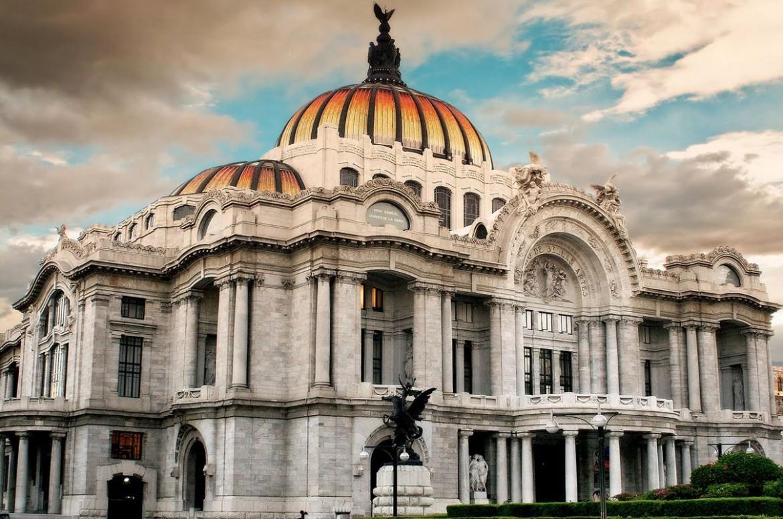 Visita interactiva en el Palacio de Bellas Artes
