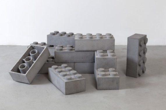 Construir con bloques de concreto LEGO