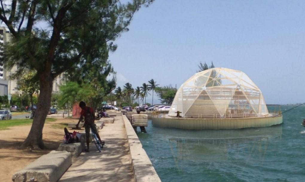 Domos flotantes de bambú y plástico